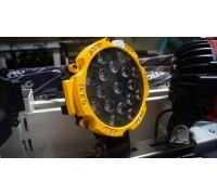 Фара светодиодная CH013В 51W 17 диодов по 3W (габаритные размеры 83*82*115*875мм; цветовая температура 6000K; дальний свет) круглая, 2 контакта, нижнее крепление, потребляемый ток 12/24V, Желтая CH013Y 51W оптовая продажа