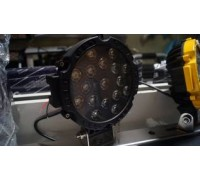 Фара светодиодная CH013В 51W 17 диодов по 3W (габаритные размеры 83*82*115*875мм; цветовая температура 6000K; дальний свет) круглая, 2 контакта, нижнее крепление, потребляемый ток 12/24V, Черная CH013B 51W оптовая продажа